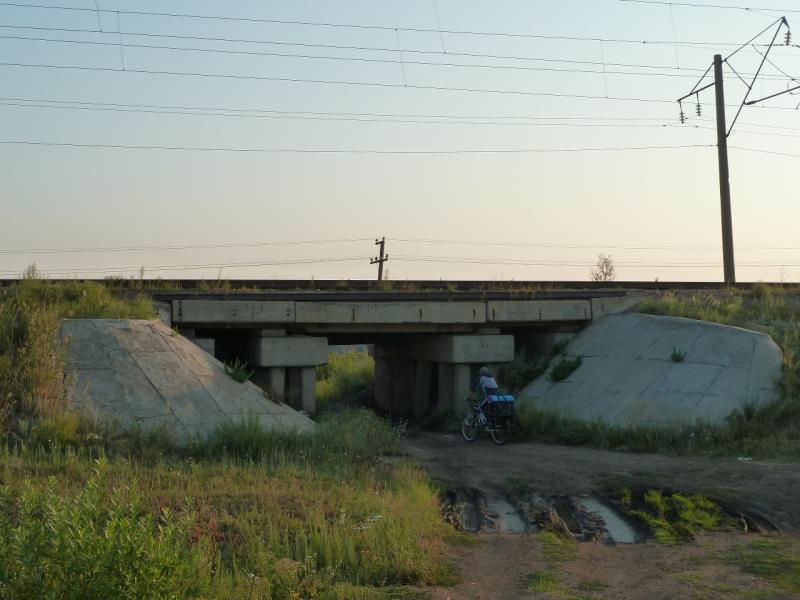 20120804. Проезд под железнодорожными путями на востоке от посёлка Ерейментау.