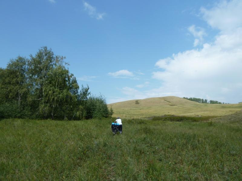 20120805. Путь к перевалу в районе села Баймен в горах Ерейментау.