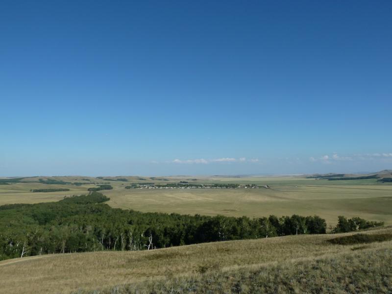 20120805. Вид с горы высотой 712 метров над уровнем моря на село Ленинское.