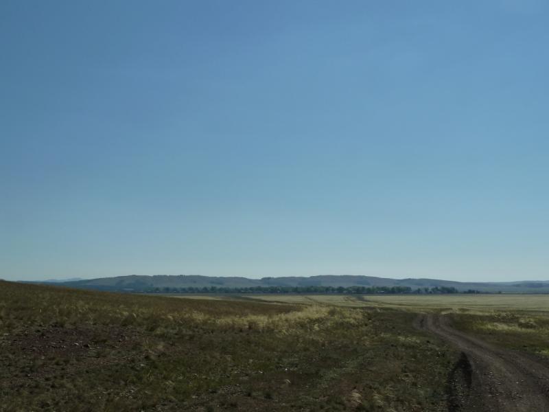 20120806. Вид на село Ленинское, что в предгорьях Ерейментау.