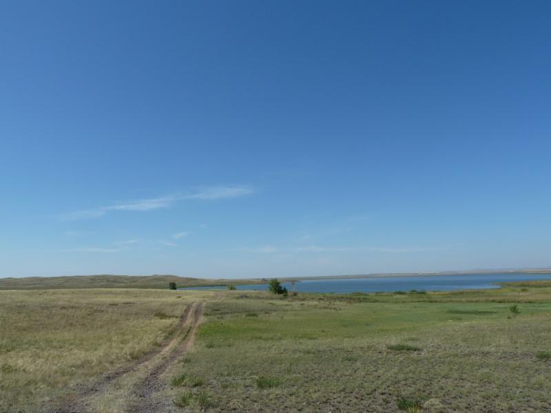 20120807. Дорога к водохранилищу гидроузла #11.