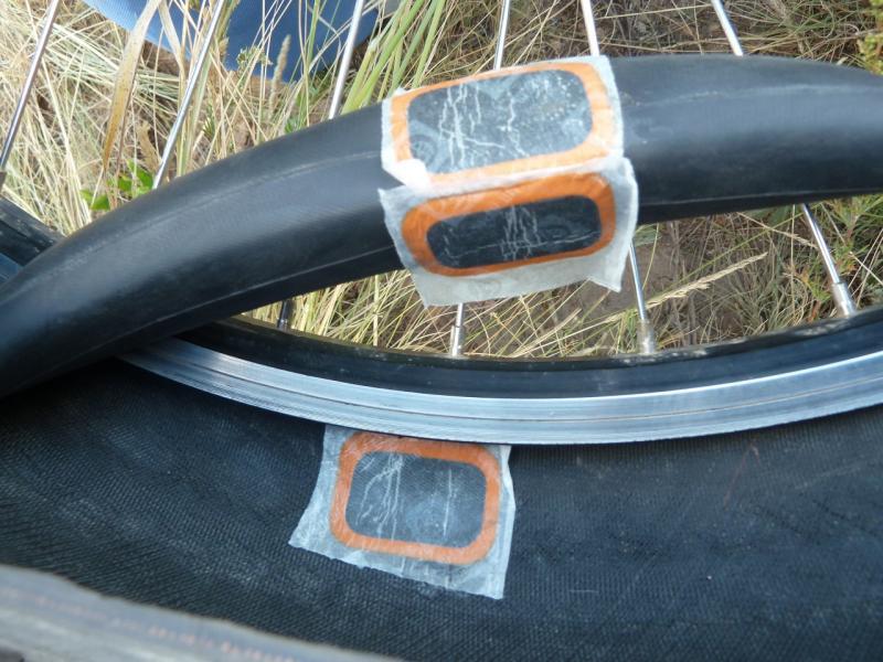 20120808. Заплаты на пробоинах заднего колеса моего велосипеда.