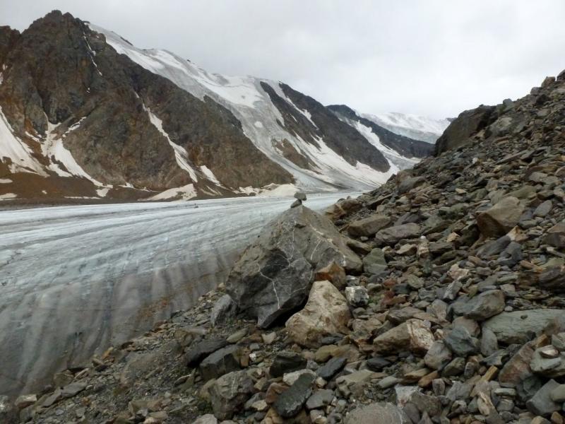 20180812. Тропа вдоль ледника Большой Актуру.