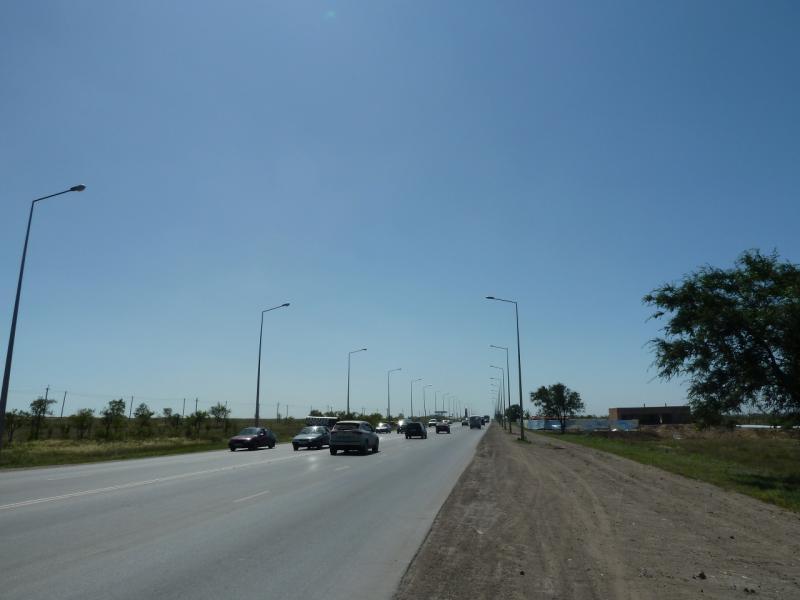 20120809. Автострада, соединяющая Караганду с северо-восточным пригородом (Октябрьским районом).