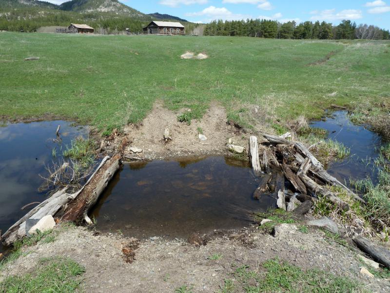 20130501. Разрушенный мост через один из притоков речки Кендара в Каркаралинском заповеднике.