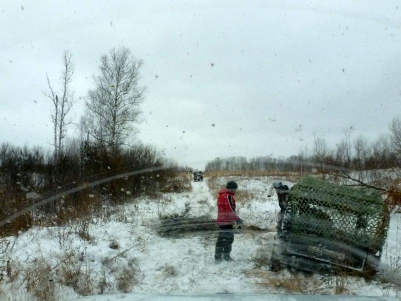 """20181104. На одном из сложных участков, готовимся выдёргивать из грязи ТПК """"ЛуАЗ 967""""."""