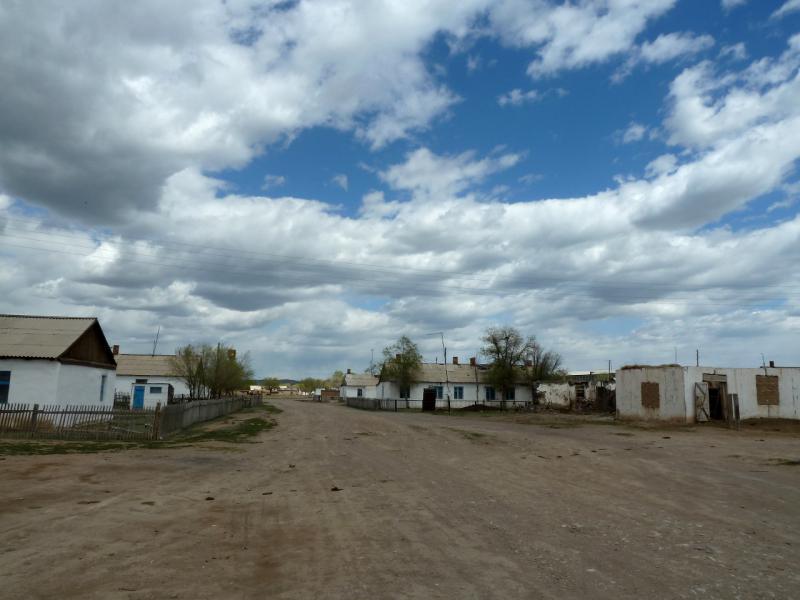 20130505. Село Сарытерек.
