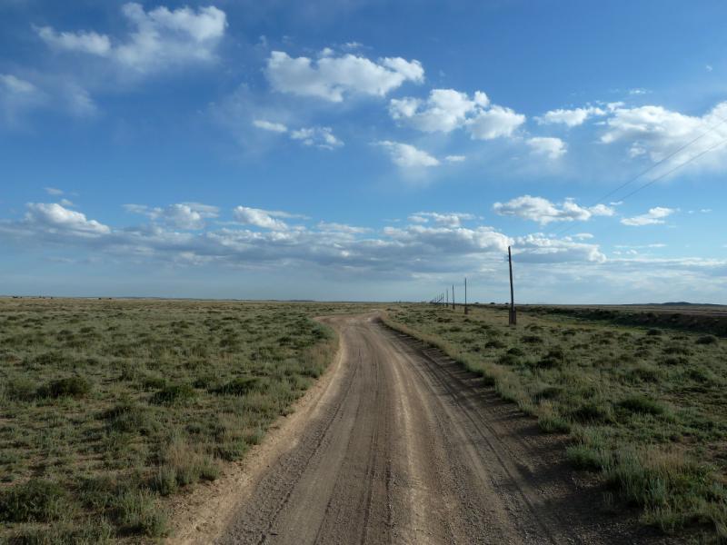 20130505. Грунтово-грейдерный участок дороги Актогай (Карагандинская область) - Балхаш.
