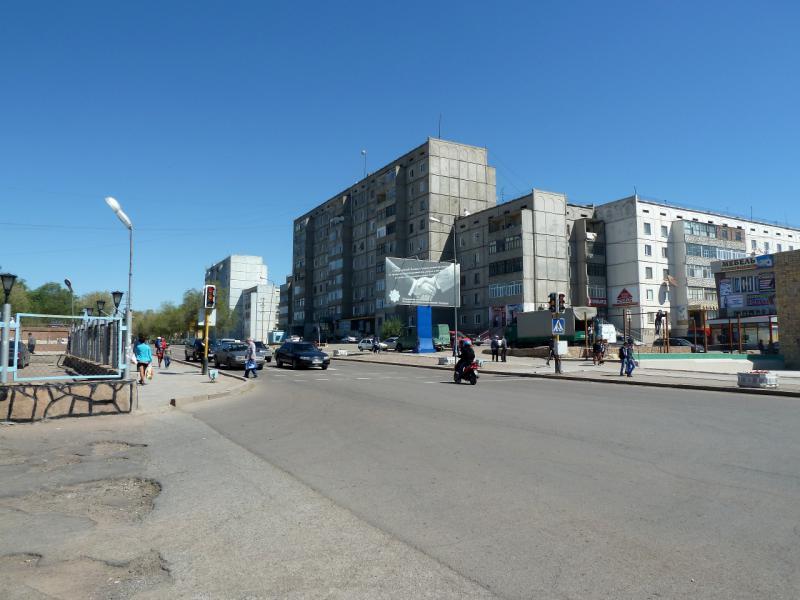 20130507. На одной из центральных улиц города Балхаш.