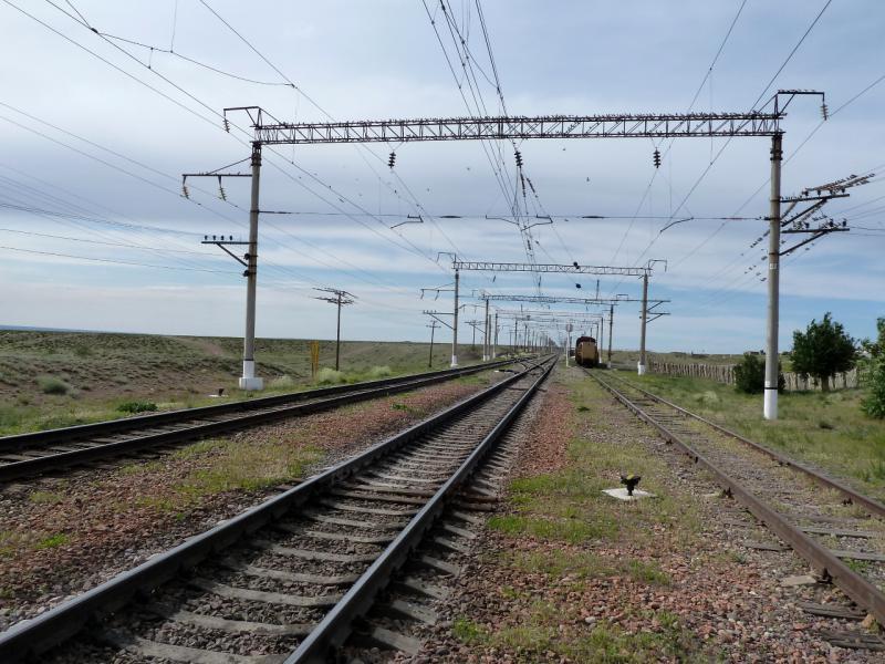20130510. Железнодорожное полотно у посёлка Хантау.