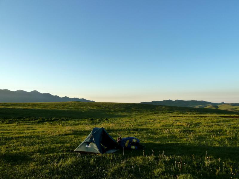 20130515. Вид на место ночной стоянки в Заилийском Алатау.