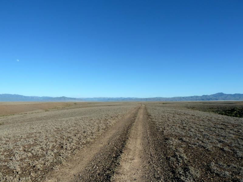 20130522. На плато между бартогайским и темирликским каньонами.