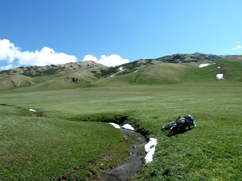 20130526. В июне, на высоте около двух тысяч метров.