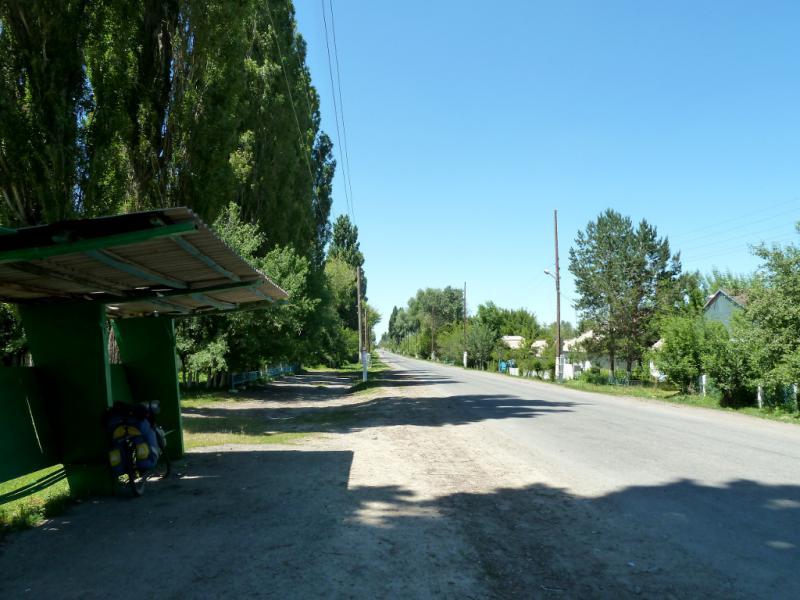20130528. На автобусной остановке в селе Абай.