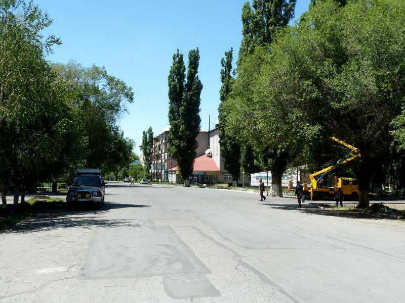 20130528. В посёлке городского типа Карабулак.