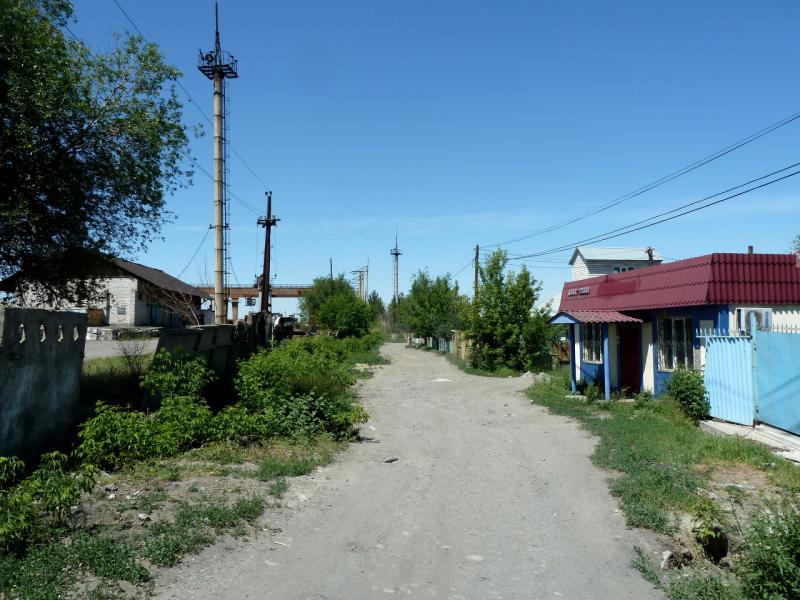 """20130529. На переулках смеси """"частного сектора"""" и """"промзоны"""" Талдыкоргана."""