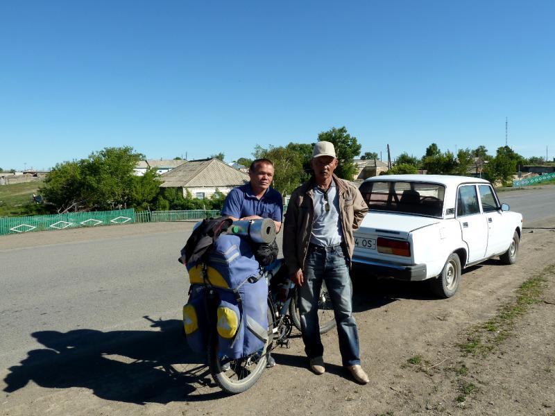 20130531. Сотрудники отдела физкультуры и спорта села Кокпекты.