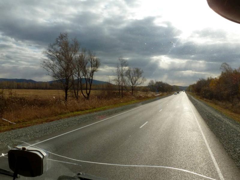 """20191014. Трасса А-370 """"Уссури"""", где-то между Хабаровском и Владивостоком."""
