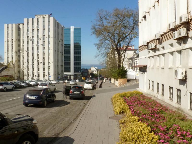 20191015. Владивосток. На улице Фонтанной. Спускаемся к Амурскому заливу.