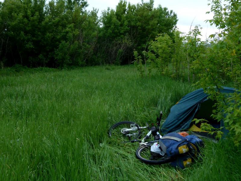 20130604. Вид на место стоянки у ручья Ширикайын, неподалеку от села Новая Хайрузовка.