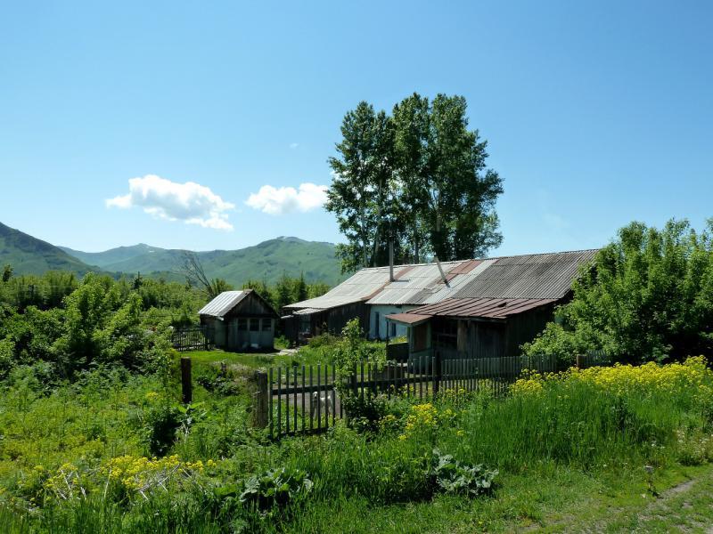 20130606. В посёлке Первороссийское, у залива реки Бухтарма.