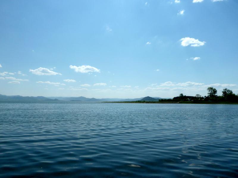 20130606. Вид с пляжа посёлка Октябрьский на Бухтарминское водохранилище.