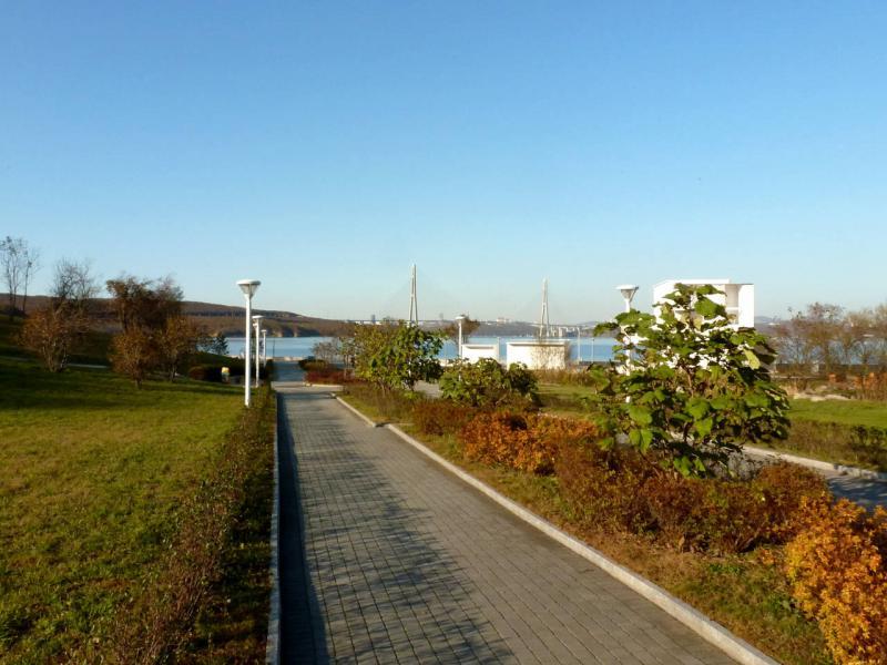 20191017. Владивосток. В парке ДФУ, на выходе к бухте Аякс.