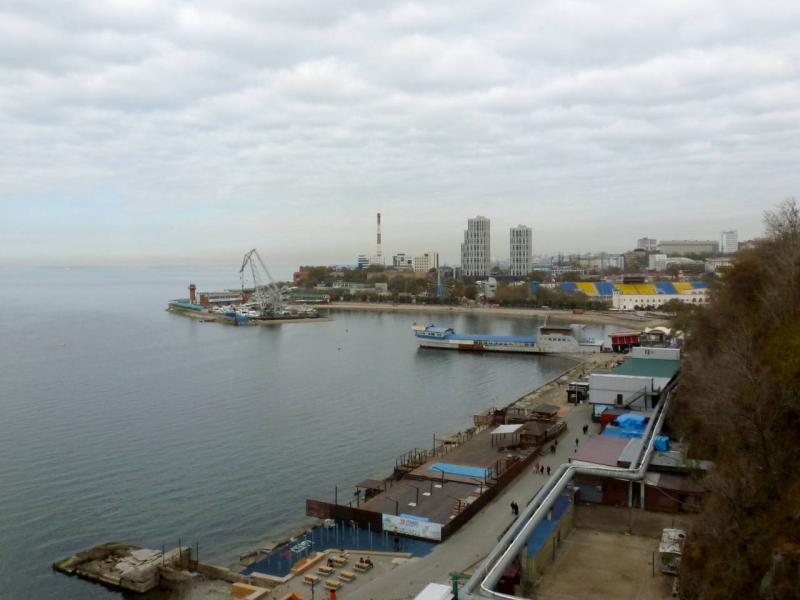 20191018. Владивосток. Вид на Спортивную гавань, в Амурском заливе.