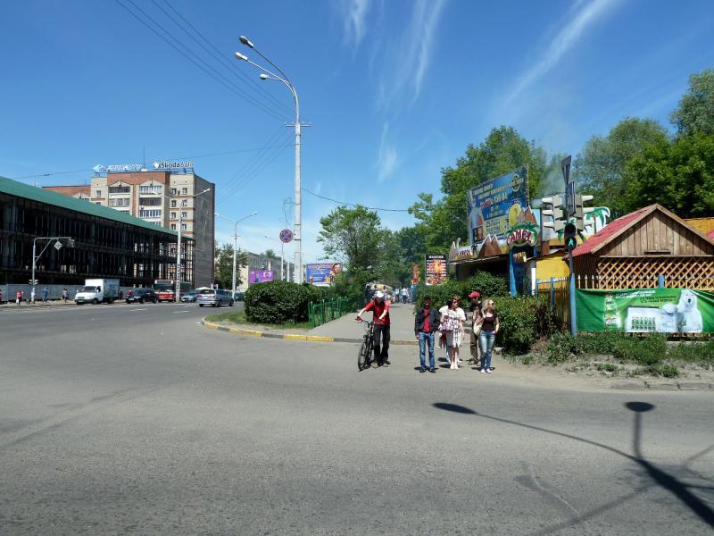 20130608. В Усть-Каменогорске, по дороге к автовокзалу.