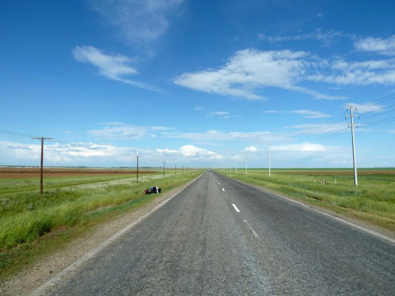 20130611. На дороге в Семипалатинск.