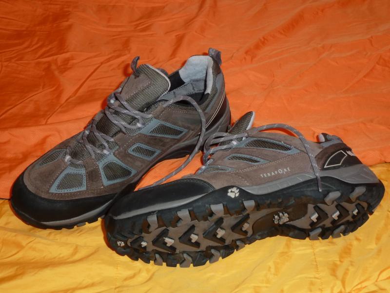 "Трекинговые кроссовки ""Jack Wolfskin"" (45.5 size): вид снизу."
