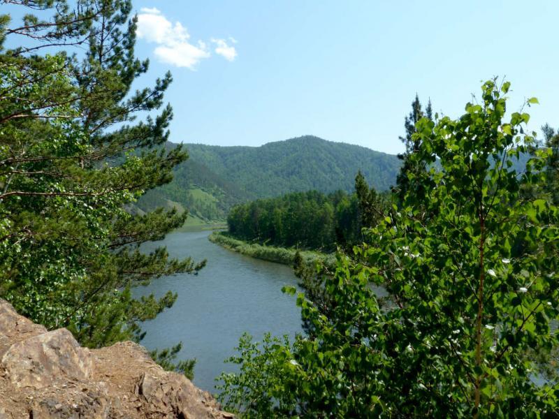 20200523. Вид на реку Мана в районе пикета Соломенного.