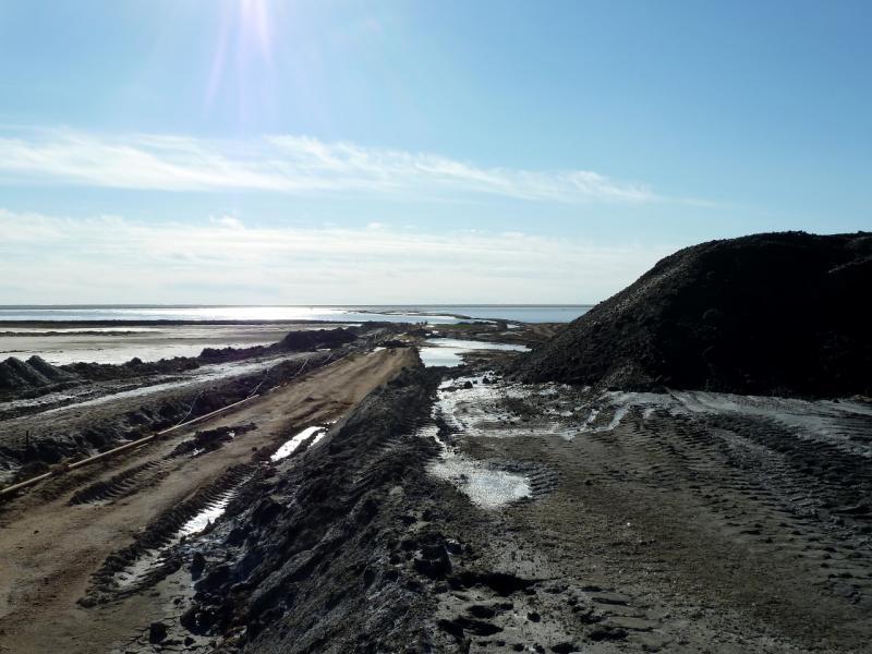 20130907. На соляной разработке, у озера Жамантуз.