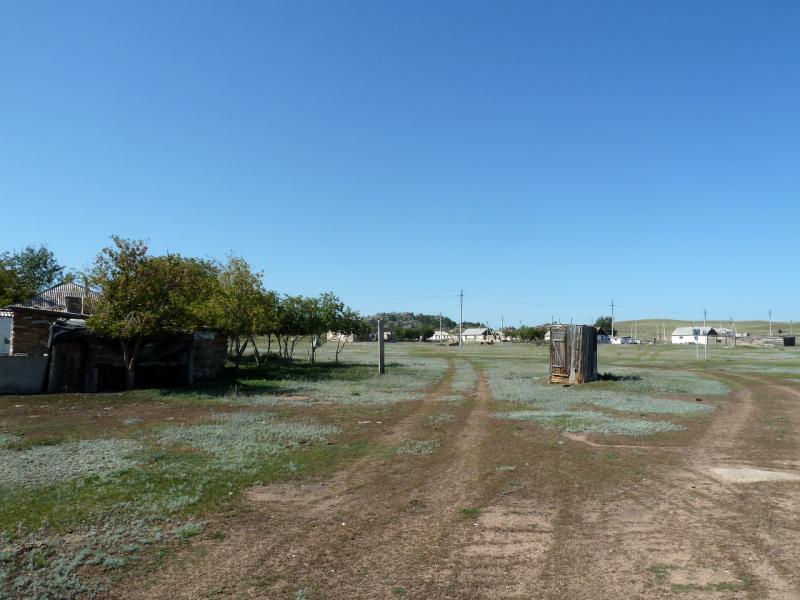 20130909. В центре селения Биржанколь (Баянаул, Казахстан).