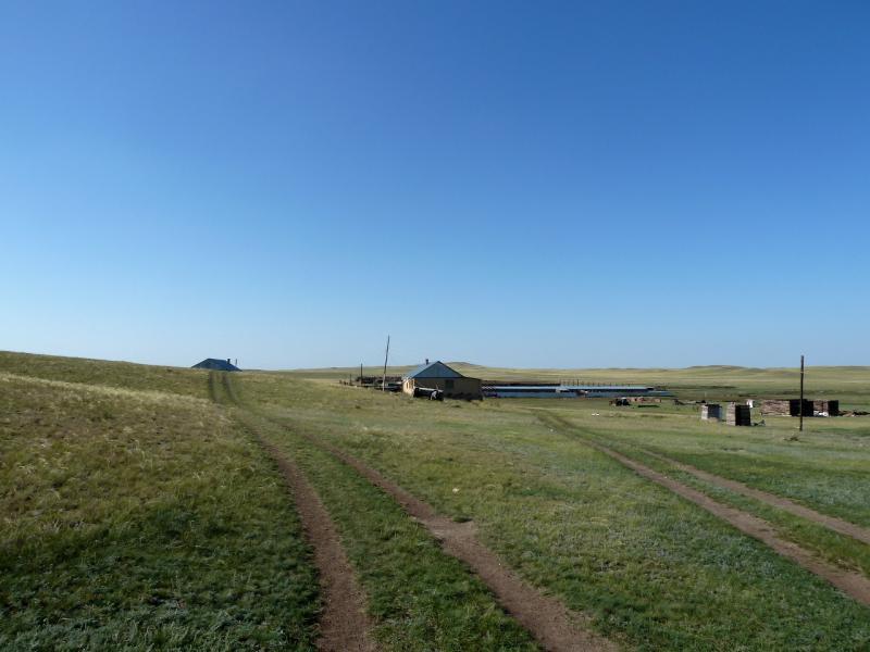 20130909. Животноводческая база Жельтау в степи северо-западнее Баянаульских гор.