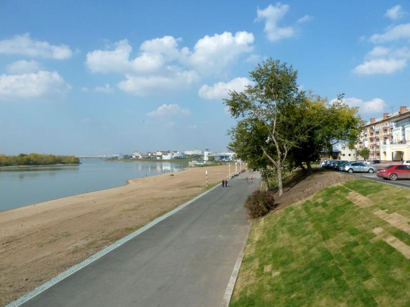20140923. Омск. Вид на реку Иртыш и Центральный пляж со стороны Ленинградского моста.