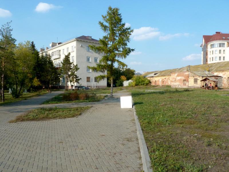 20140923. Омск. Ещё остатки строений крепости двухсотлетней давности.