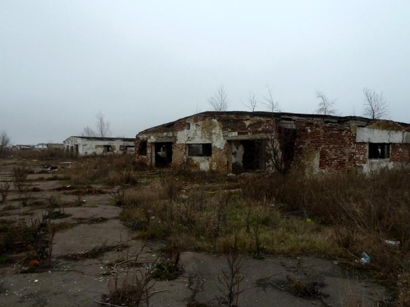 20141112. Тамбов. Развалины скотоводческой базы посёлка Стрельцы.