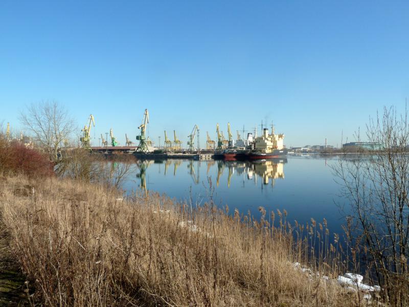 20150315. Гавань Барочного бассейна грузового морского порта.
