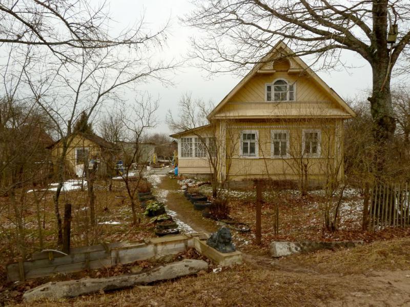 20150329. Домик в посёлке Иваново, в Ленинградской области.
