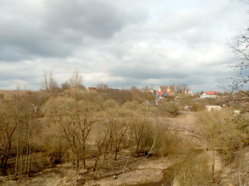 20150405. Вид на посёлок Попово, расположившийся за речкой Поповка.
