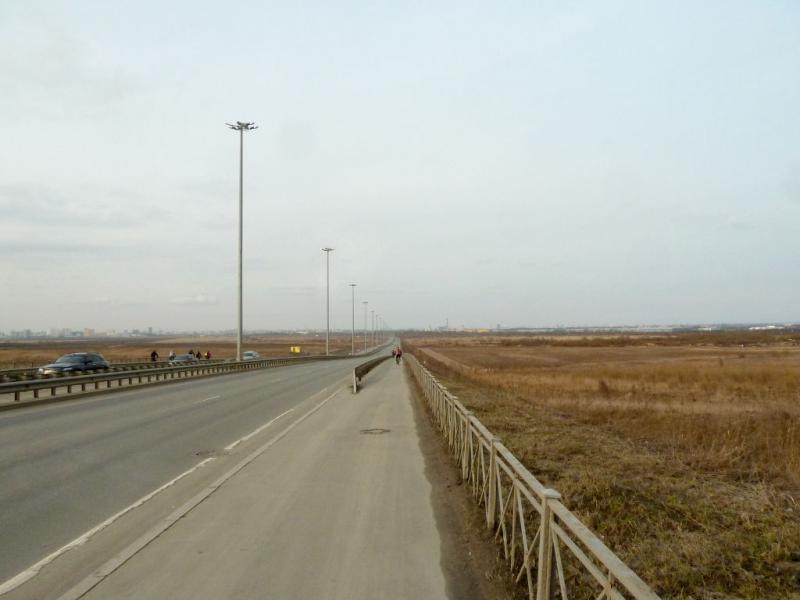 20150405. На Витебском шоссе, по пути из Пушкина в Санкт-Петербург.