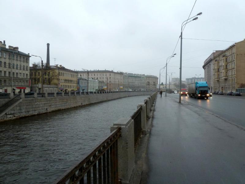 20150419. Санкт-Петербург. У Обводного канала, неподалеку от пересечения с Московским проспектом.