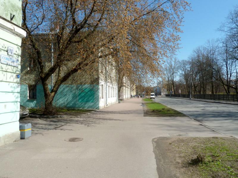 20150503. Кронштадтское. На улице Советской.