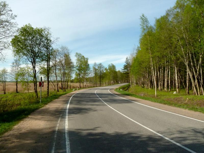 """20160516. На шоссе """"Дорога Жизни"""" вдоль южной части западного берега Ладожского озера."""