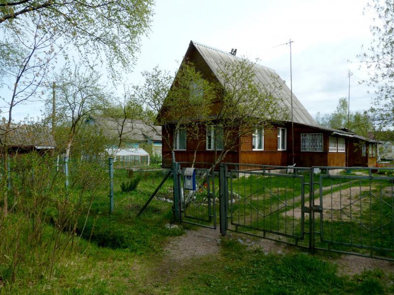 20160516. Типичная дача у посёлка Коккорево.