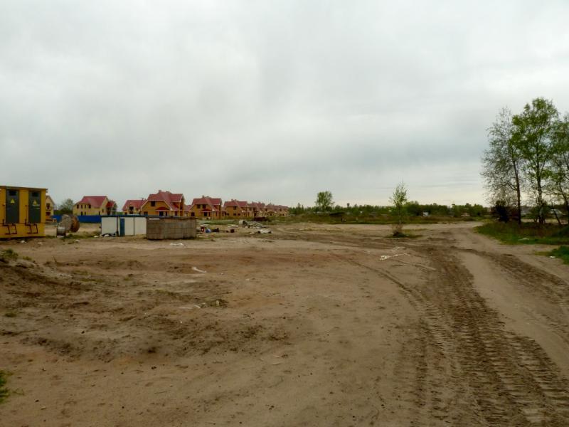 20160516. Новостройки на северо-восточной окраине посёлка Дубровка.