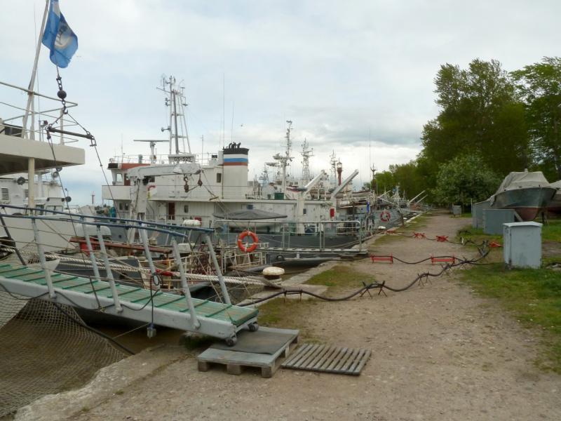 20150524. На стояночном пирсе морского порта в Ломоносове.