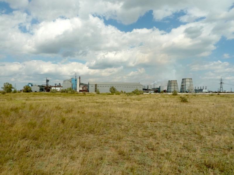20150823. Вид на АЗФ со стороны городка Аксу.