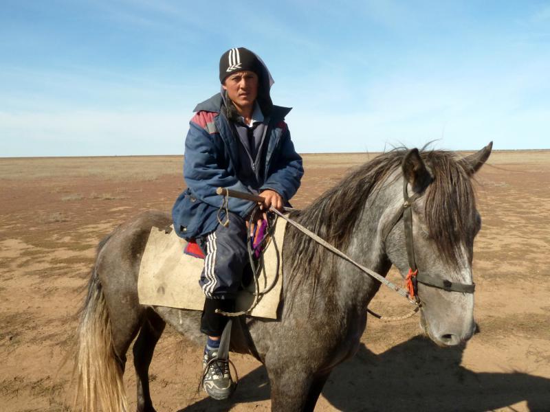 20150916. Типичный пастух упадочных территорий северного Казахстана.